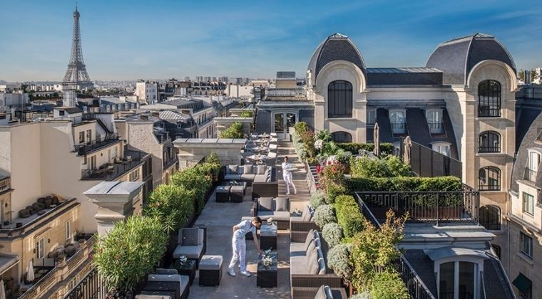 Five-star luxury hotel case study Peninsula Hotel boosts non-room revenues with localised stores